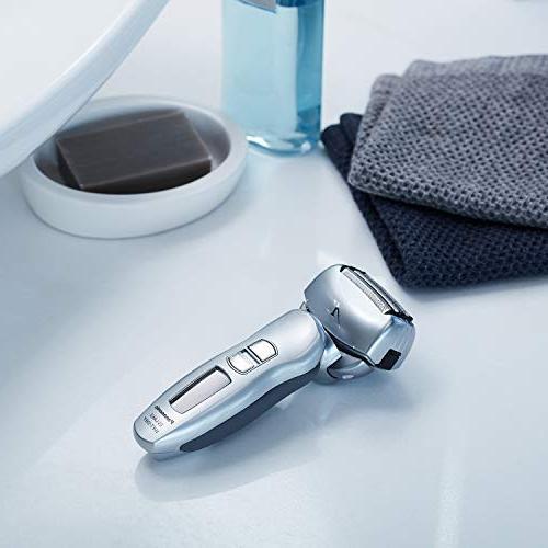 Panasonic ES-LA63-S with Wet/Dry Shaver Convenience